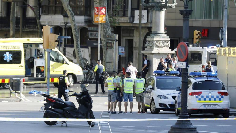 videos-tras-el-ataque-terrorista-de-las-ramblas-de-barcelona